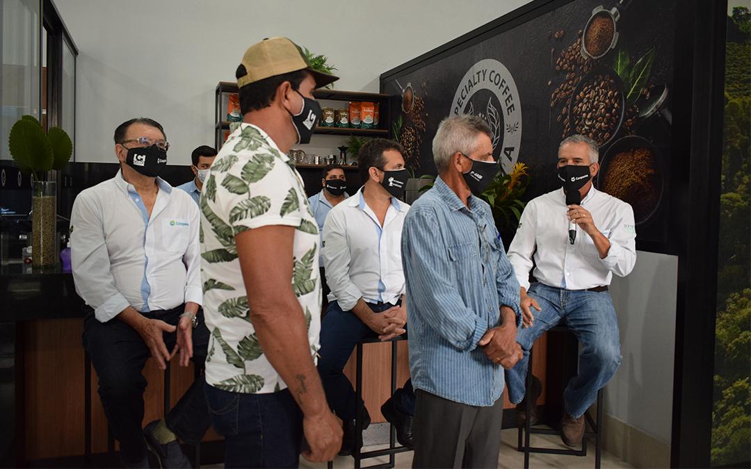 Coopama realizou o 8º Concurso de Cafés Especiais em formato online e ainda promoveu leilão para valorizar o trabalho dos cooperados.